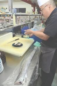 釣り人のネタを買い取る寿司店