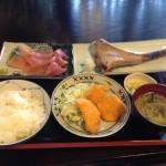 富山で魚を食べるなら市場亭の昼ランチがヤバい(美味くて安くて多い)!!